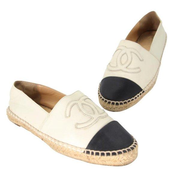 Chanel White Leather Cap Toe Cc Espadrille Flats